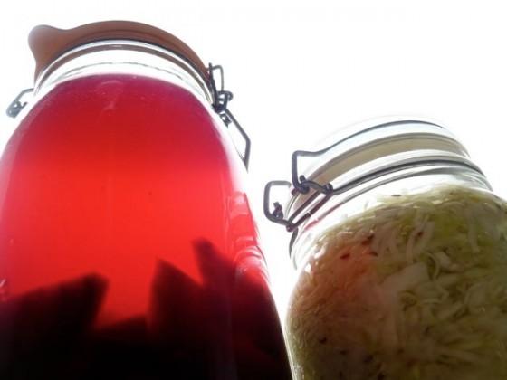 rode bieten kvass en zuurkool