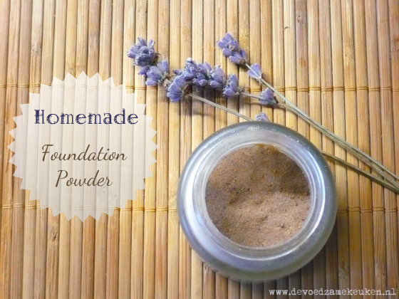 Zelfgemaakte Foundation Poeder / Homemade Foundation Powder